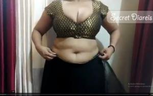 Shona bhabhi big boobs and sexy blouse and saree