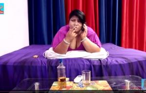 desimasala.co -Fat aunty seducing two robbers