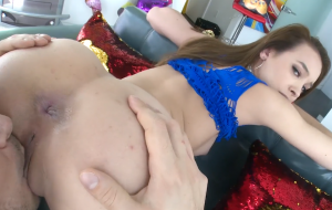 Skinny Perfect Ass Teen Creampied By A Big Dick