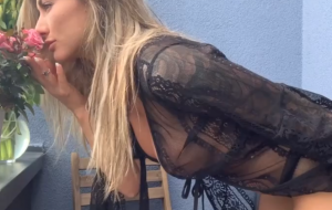 🐇 Glamorous girl with big boobs Michaela Isizzu plays with her crack
