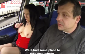 🐇 Lusty hottie with big bottom fucked on the backseat of a taxi
