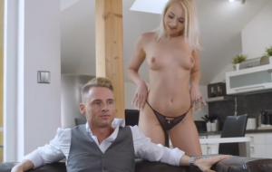 🐇 Sensual blonde angel Marilyn Sugar got her crack screwed hard