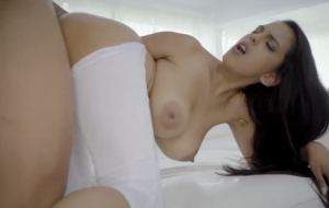 🐇 Slutty busty model Katrina Moreno rides on a fat dick with passion