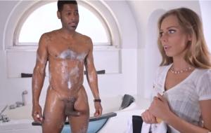 🐇 Small-tit girlfriend in high heels Kinuski fucks with a big black cock