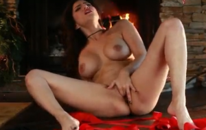 Sunny Leone needs help being unwrapped