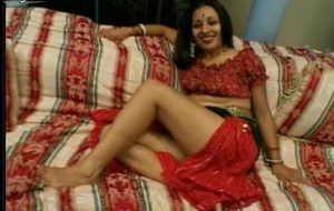 Cock hungry Indian chick Tina is ready to please a hot cock