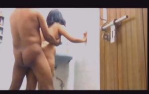 Indian couple in bathroom standing fuck Porn video