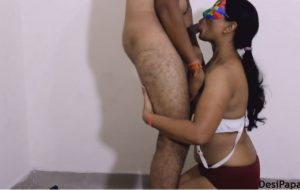 indian bhabhi mona sucking her lovers willy