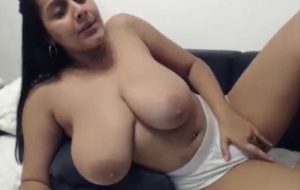 Horny desi aunty showing big boobs on live cam